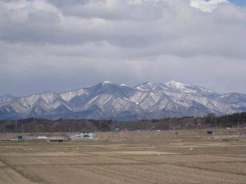 太平山の山並み